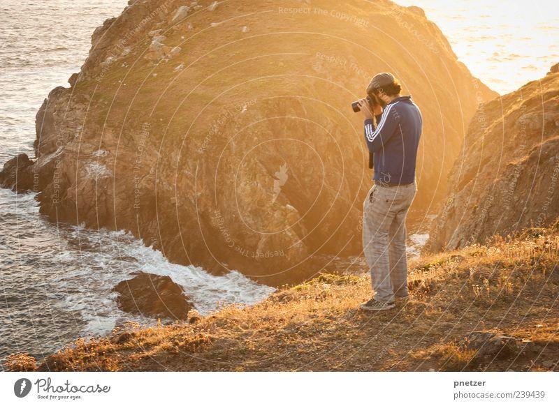 Sunset at Pointe du Van Lifestyle Freizeit & Hobby Fotografieren Ferien & Urlaub & Reisen Abenteuer Freiheit Sommer Strand Meer Insel Wellen Mensch maskulin