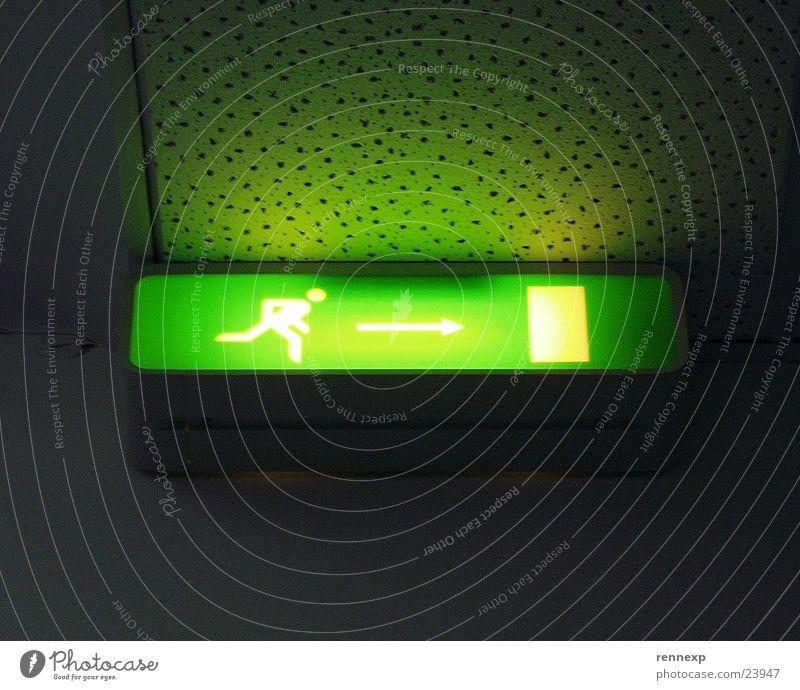 /  Raus  -> [ ] \ Vol. 01 Mann grün Lampe Beleuchtung Angst gehen Tür Schilder & Markierungen gefährlich Technik & Technologie bedrohlich Reinigen Pfeil