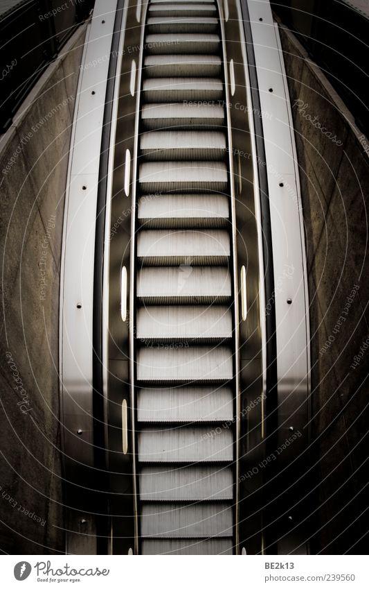 roling sto.... stairs schwarz Wand Architektur Mauer Stil grau Metall Fassade Treppe fahren Kunststoff Stahl silber Rolltreppe
