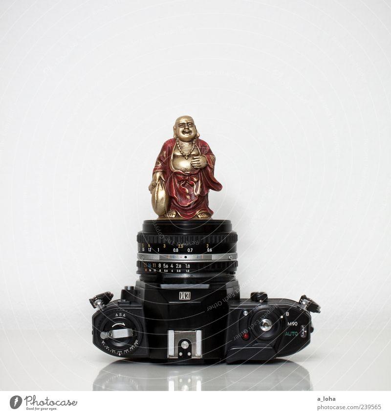 photography is my religon alt rot schwarz Religion & Glaube klein gold liegen Fotokamera Kitsch Asien analog Kultur Buddha Souvenir Objektiv Buddhismus