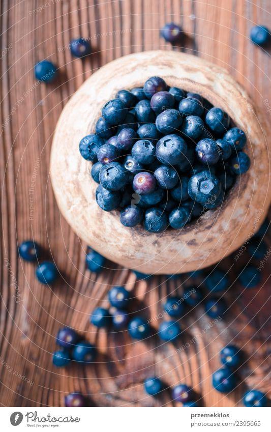 Natur blau Sommer Speise natürlich Holz oben Frucht Ernährung Aussicht frisch authentisch Tisch lecker Ernte Bioprodukte