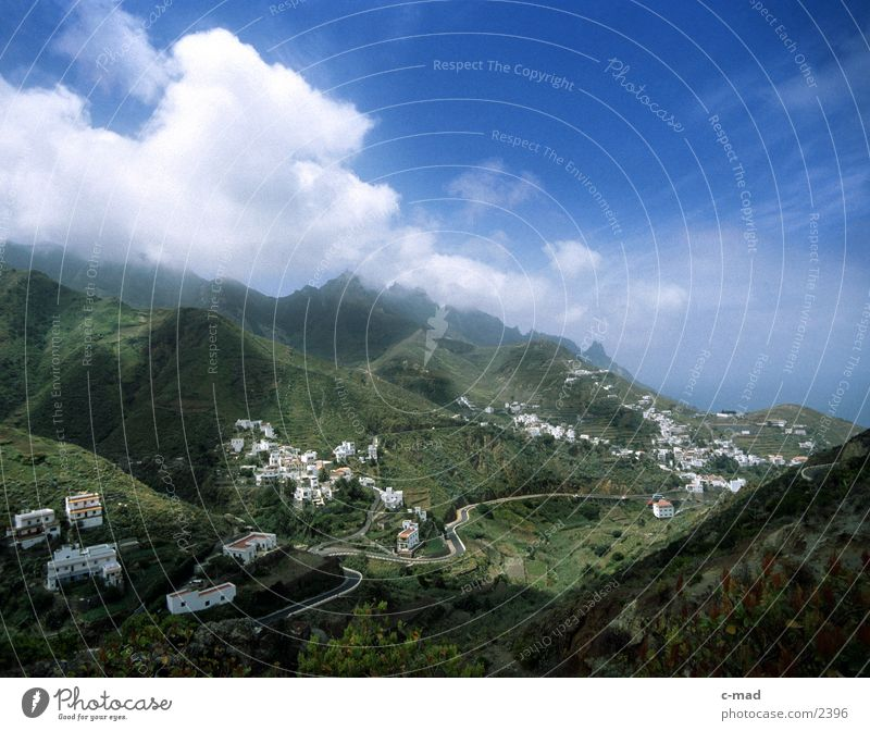 Tal in Teneriffa Wolken Farbe Berge u. Gebirge Europa Spanien Tal überblicken Teneriffa