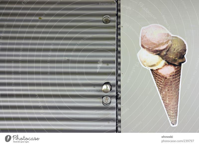 Eis für alle! [Köln] Ernährung grau Tür geschlossen Speiseeis Schloss Etikett Waffel Eisverkäufer
