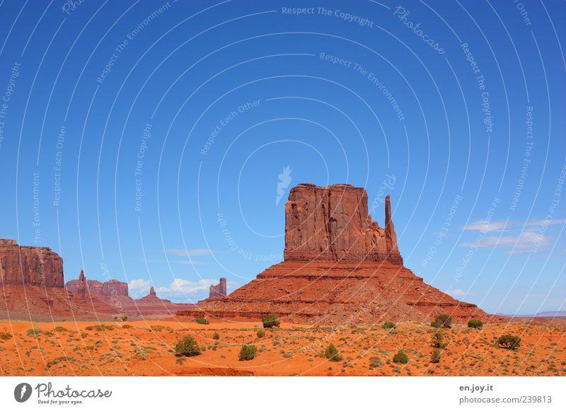 Wild Wild West Ferien & Urlaub & Reisen Freiheit Natur Landschaft Felsen Wüste außergewöhnlich Bekanntheit gigantisch blau braun gold Einsamkeit einzigartig