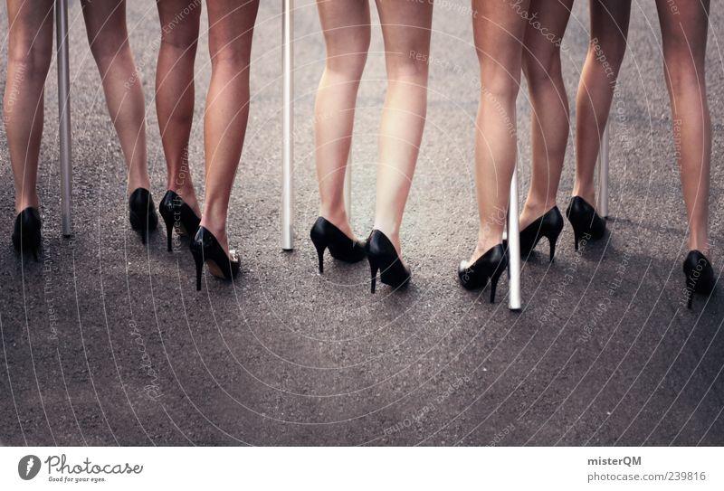Grid Girls. Mensch Frau schön Beine ästhetisch viele Model Asphalt fantastisch lang Veranstaltung Schuhe Damenschuhe Frauenbein Frauenkörper Modellfigur