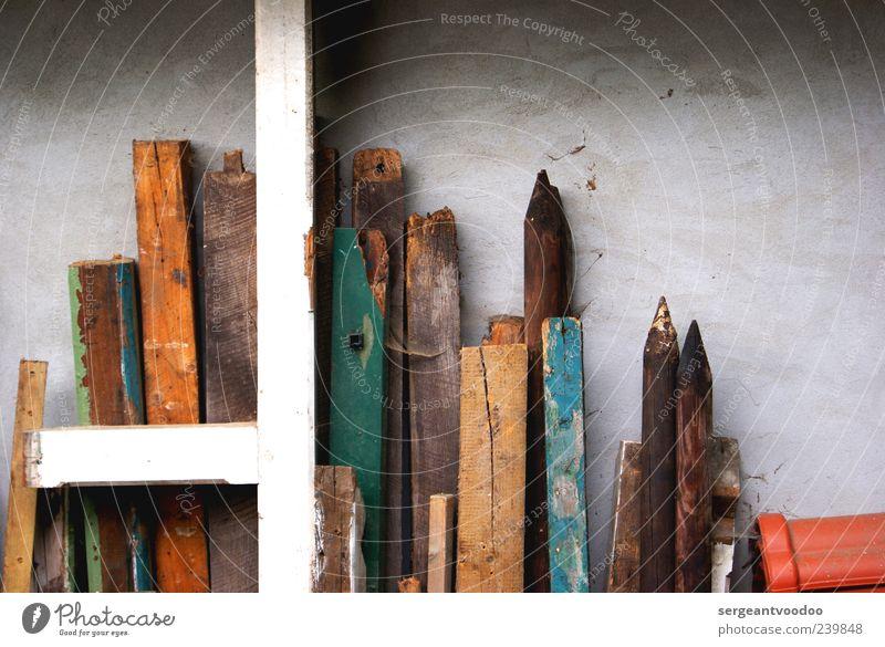 Woody Woodpeckers letzten Reserven blau alt weiß grün Wand Holz Mauer braun Ordnung Verfall eckig Lager Pfosten Rest ansammeln aufbewahren
