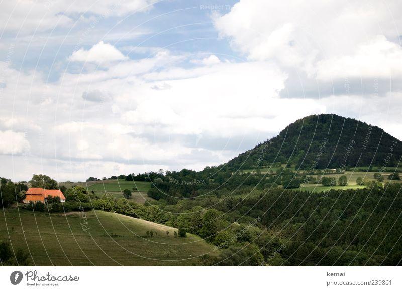 Zeugenberg Himmel Natur grün Baum Pflanze Sommer Wolken Haus Wald Ferne Umwelt Landschaft Wiese Berge u. Gebirge Gras Gebäude