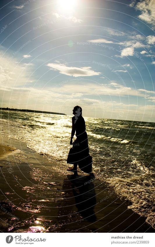XIV Lifestyle elegant Stil schön Mensch feminin Junge Frau Jugendliche Umwelt Natur Landschaft Wasser Himmel Wolken Horizont Sonnenaufgang Sonnenuntergang