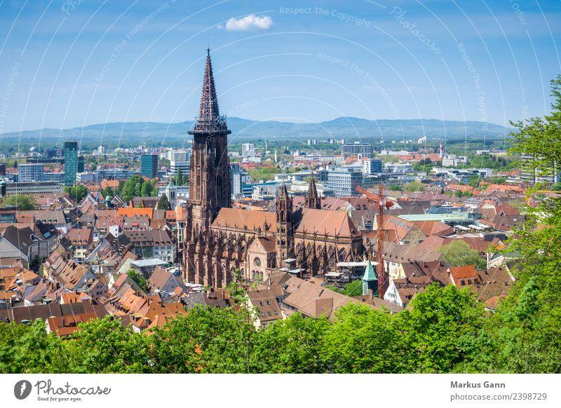 Freiburger Münster Ferien & Urlaub & Reisen Religion & Glaube Deutschland Christentum Großstadt