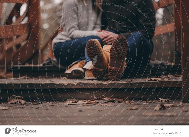 Frau Natur Ferien & Urlaub & Reisen Mann Freude Wald Erwachsene Lifestyle Herbst Liebe Familie & Verwandtschaft Paar braun Zusammensein Freundschaft