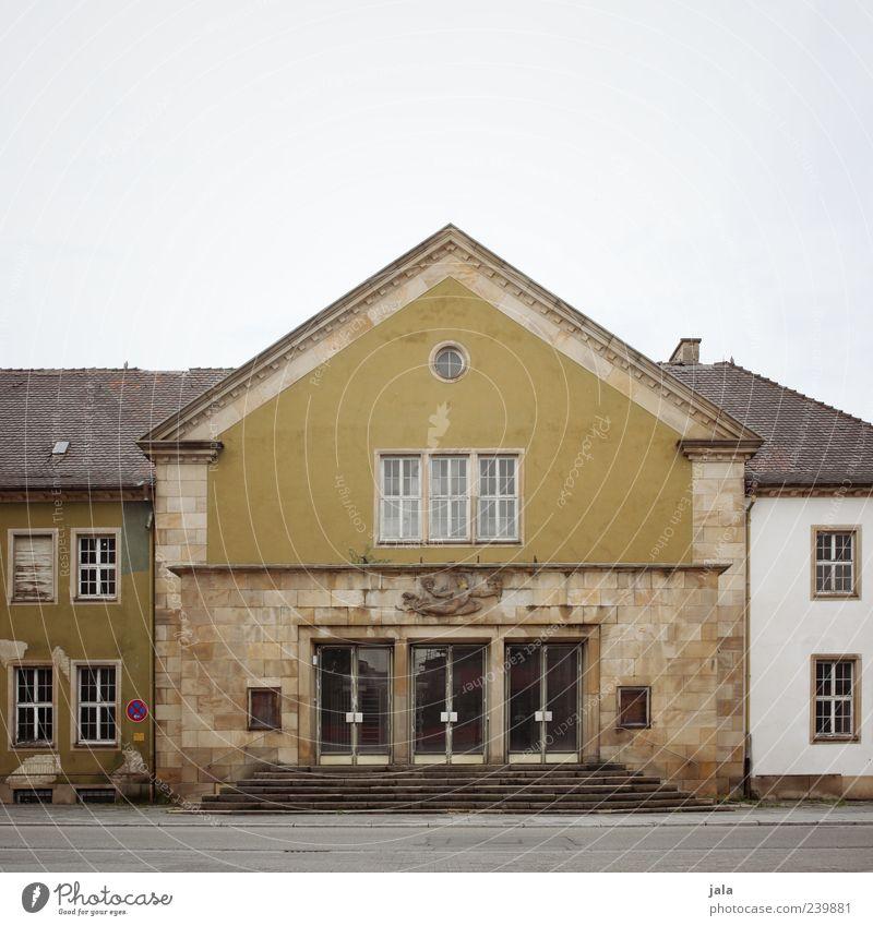feierabendhaus Himmel Haus Bauwerk Gebäude Architektur Treppe Fenster Tür Sehenswürdigkeit Denkmal trist Farbfoto Außenaufnahme Menschenleer Textfreiraum oben