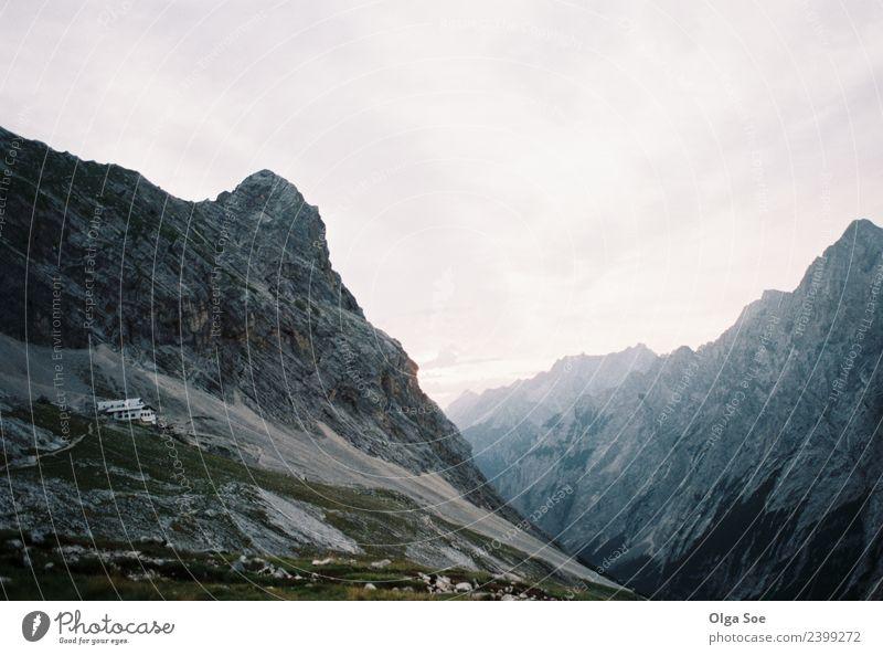 Sonnenaufgang in den Alpen Lifestyle Erholung Landschaft Himmel Horizont Nebel Berge u. Gebirge atmen Denken genießen hören laufen Ferien & Urlaub & Reisen