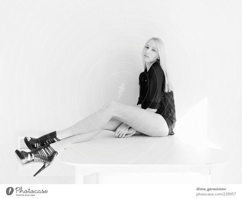 Anna schön Haut feminin Junge Frau Jugendliche Erwachsene 1 Mensch 18-30 Jahre blond langhaarig genießen dünn elegant Erotik einzigartig Sauberkeit klug wild