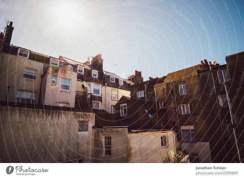 Fassade, Wohnhäuser, Brighton, England Stadt Stadtzentrum bevölkert überbevölkert Haus Bauwerk Gebäude Architektur ästhetisch Fenster Schornstein Innenhof Hof