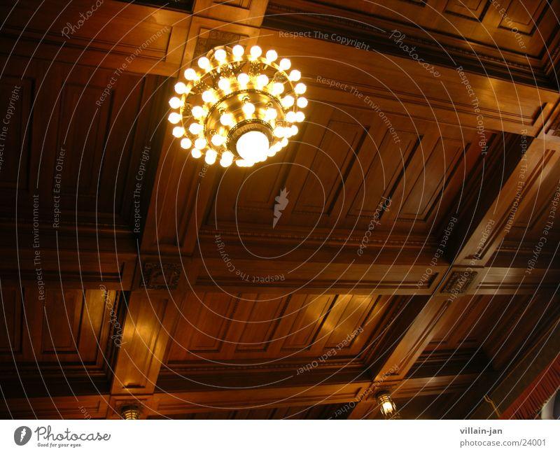 degge Eiche Leuchter Lampe Kronleuchter historisch Decke eichenholz