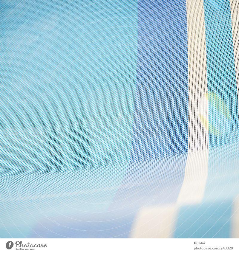 IIIOI blau weiß Hintergrundbild Strukturen & Formen Streifen Muster gewebt Liegestuhl Stoff fein zart Farbfoto abstrakt Menschenleer Textfreiraum links