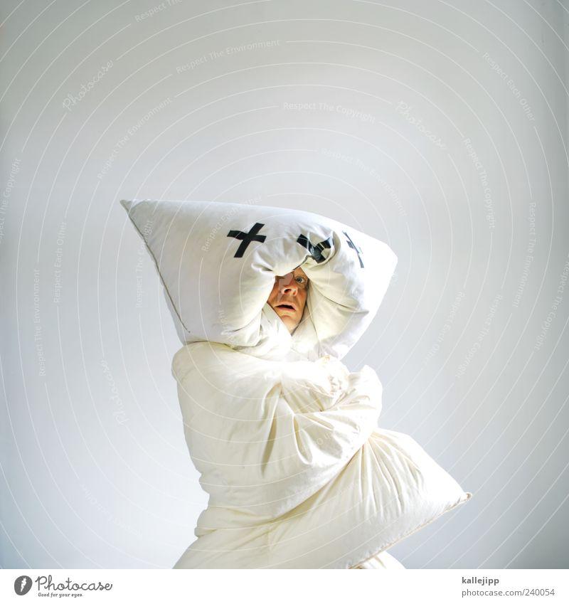 bären aufbinden Mensch Mann weiß Tier Erwachsene kalt Kopf Wildtier außergewöhnlich maskulin einzigartig Schutz skurril Zukunftsangst Kissen Sorge