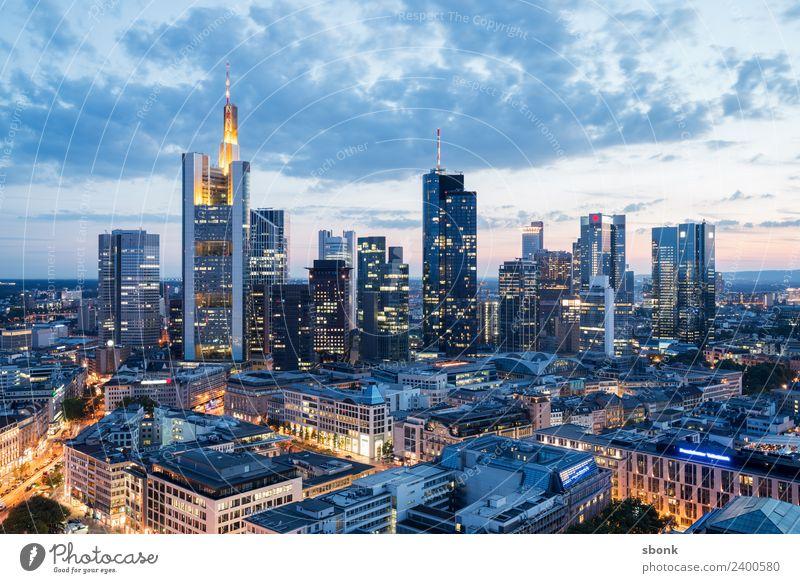Frankturter Sommerabend Büro Business Frankfurt am Main Stadt Stadtzentrum Skyline Hochhaus Gebäude Architektur Ferien & Urlaub & Reisen Großstadt Cityscape