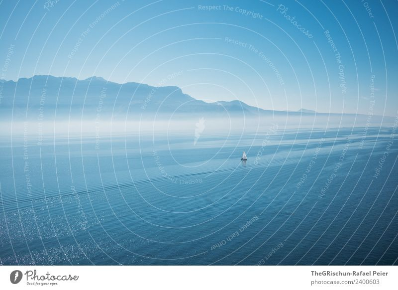 Genfersee Umwelt Natur Landschaft blau weiß See Genfer See Berge u. Gebirge Aussicht Wasserfahrzeug Ferne Strömung Dunst Nebel Himmel Blauer Himmel Schweiz