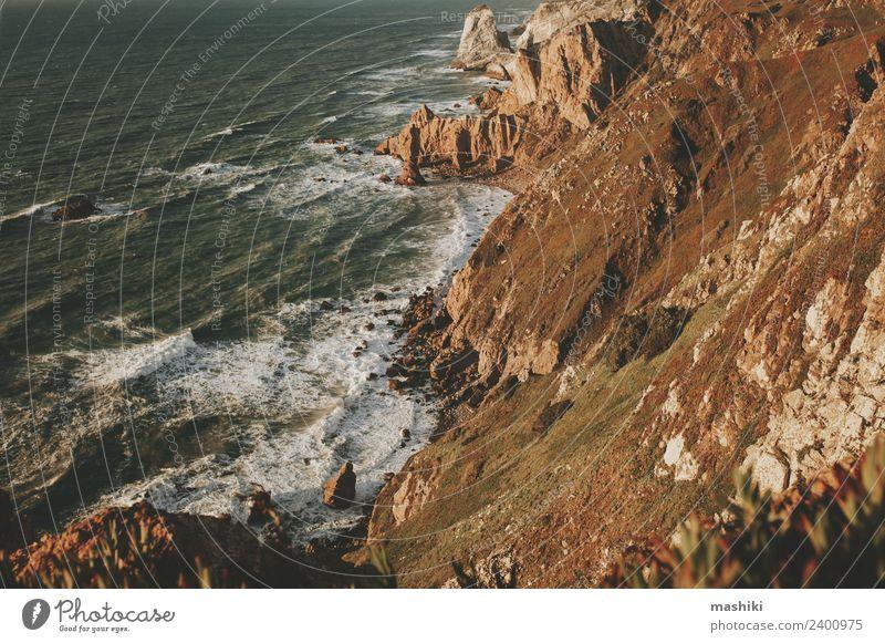 Entdecken Sie Portugal. Cabo da Roca Meer- und Bergblick schön Ferien & Urlaub & Reisen Tourismus Ausflug Abenteuer Berge u. Gebirge Natur Landschaft Himmel