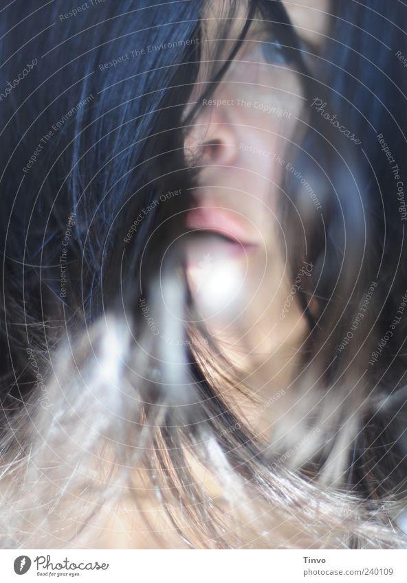 breath Mensch Jugendliche Einsamkeit Junge Frau Erwachsene Auge feminin Haare & Frisuren Traurigkeit Kopf Mund Sehnsucht verstecken brünett atmen Erschöpfung