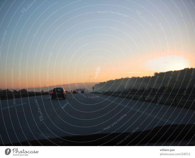 Der Weg zur Arbeit 02 Sonne Verkehr fahren Autobahn Sonnenaufgang