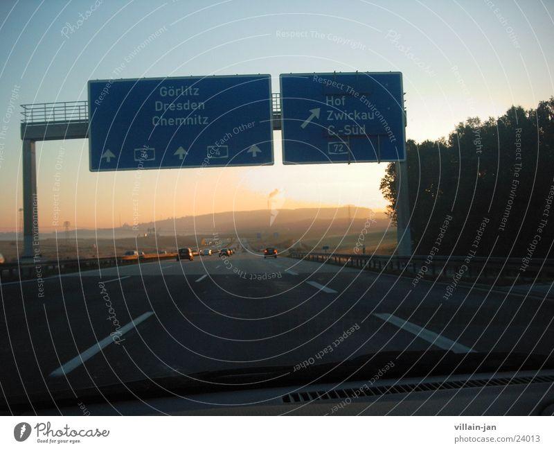 der weg zur Arbeit Sonnenaufgang Autobahn Chemnitz Verkehr Morgen A4