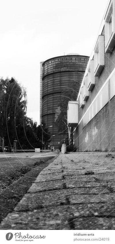 graue_maus__ansichten Stadt Architektur Turm Überbelichtung Hochformat