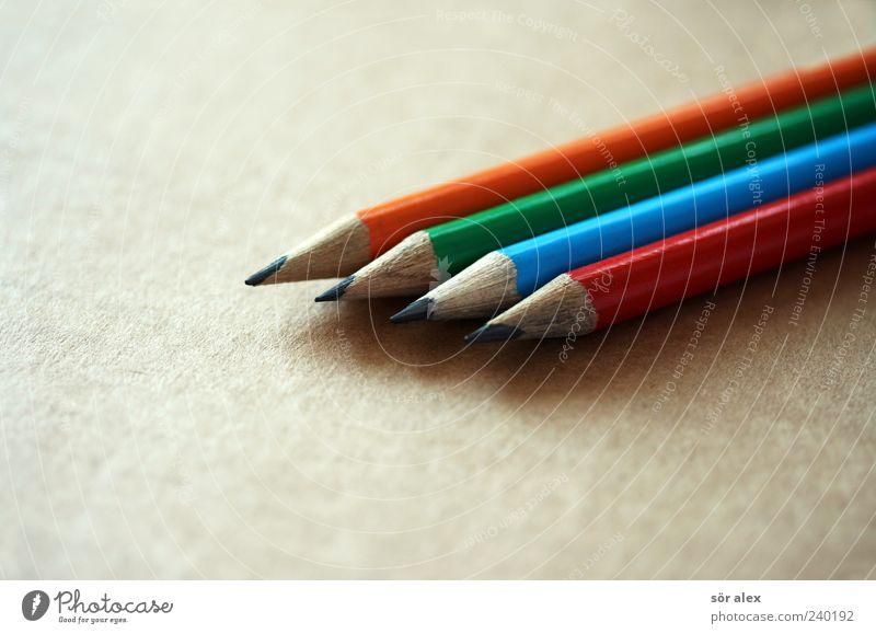 farblos Bildung Büroarbeit Bleistift Schreibstift zeichnen Spitze blau grün rot Kreativität 4 orange Schreibwaren schreiben Karton gestalten Zeichenstift