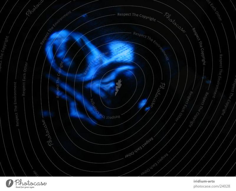 deep blue ... blau schwarz Wellen Schriftzeichen Wasserwirbel Fototechnik
