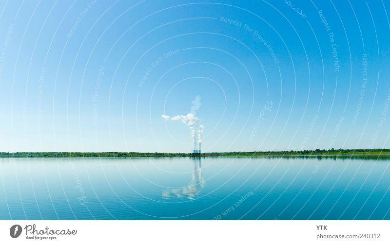 Mirrored Pollution! blau Wasser Sommer Umwelt See Horizont Klima Energiewirtschaft Urelemente Zukunft Industrie Technik & Technologie Schönes Wetter Fabrik
