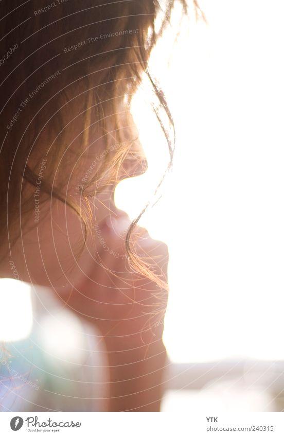 Sunny Curl Mensch Frau Jugendliche Hand schön Gesicht Erwachsene feminin Wärme Haare & Frisuren hell gold elegant Haut ästhetisch 18-30 Jahre