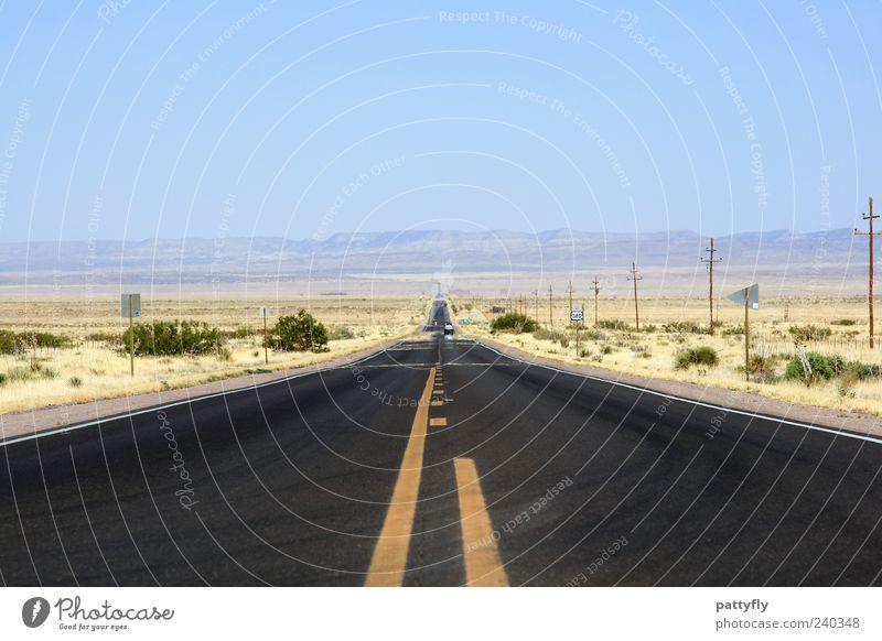 Endless... Ferien & Urlaub & Reisen Straße Wege & Pfade Horizont Verkehr leer Zukunft USA einfach Ziel Wüste Asphalt Unendlichkeit Sehnsucht Verkehrswege