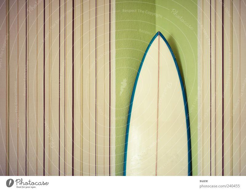 Surf-Ecke Lifestyle Stil Design Freizeit & Hobby Häusliches Leben Wohnung Tapete Raum Mauer Wand Linie Streifen Coolness einfach Surfbrett hellgrün Zimmerecke