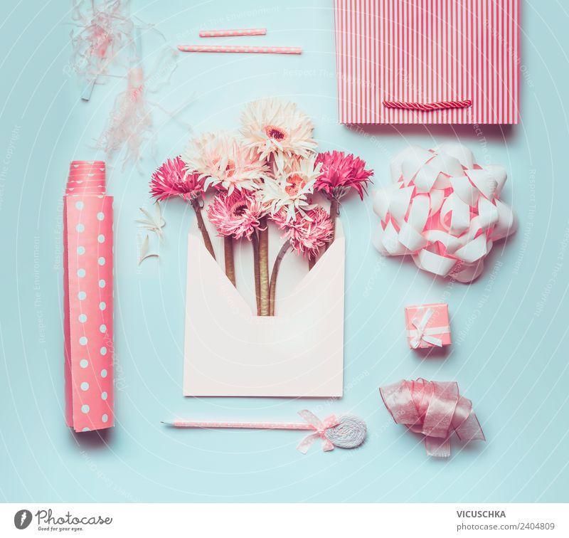 Blumen in Briefumschlag mit rosa Geschenkverpackung Zubehör kaufen Stil Design Sommer Schreibtisch Feste & Feiern Valentinstag Muttertag Ostern Hochzeit