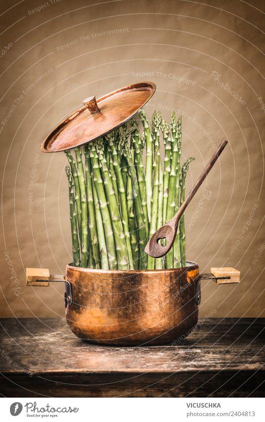 Grüne Spargel im Kochtopf Lebensmittel Gemüse Ernährung Bioprodukte Vegetarische Ernährung Diät Topf Löffel Stil Design Gesunde Ernährung Küche Restaurant