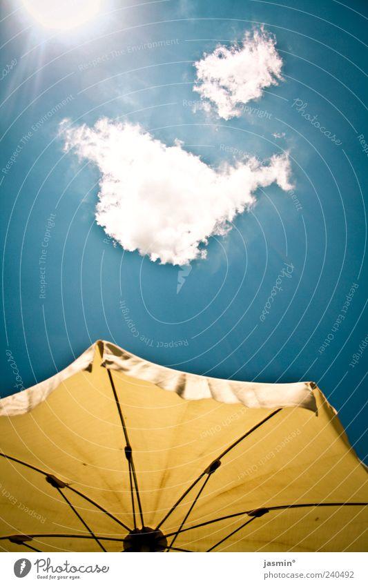 gut gehn lassen Himmel Sonne Sommer Wolken Umwelt Wetter Schönes Wetter Sommerurlaub Sonnenschirm Ferien & Urlaub & Reisen Wetterschutz Sonnenlicht himmelwärts