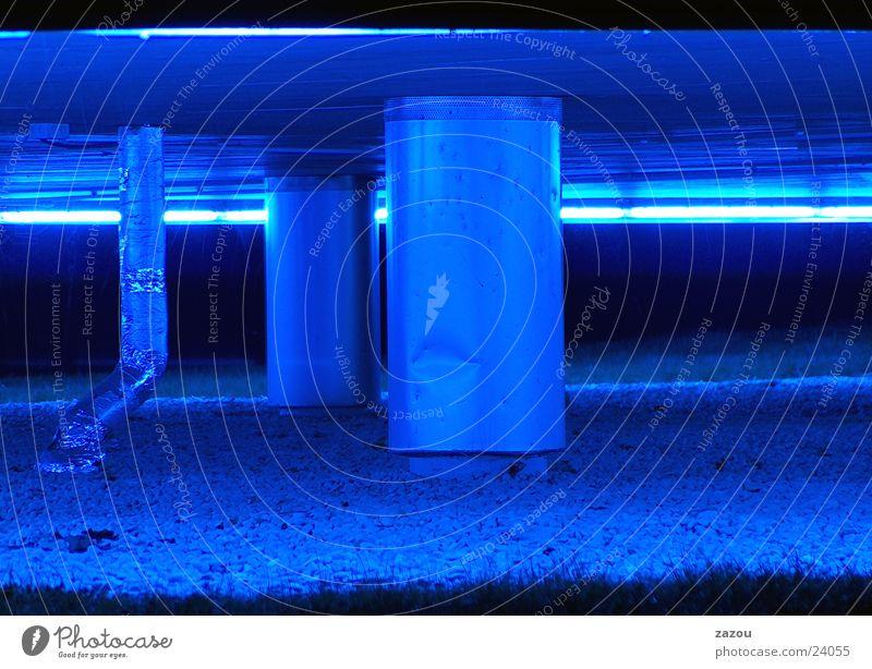 blauer Untergrund Keller Haus Gebäude Architektur blaues Licht