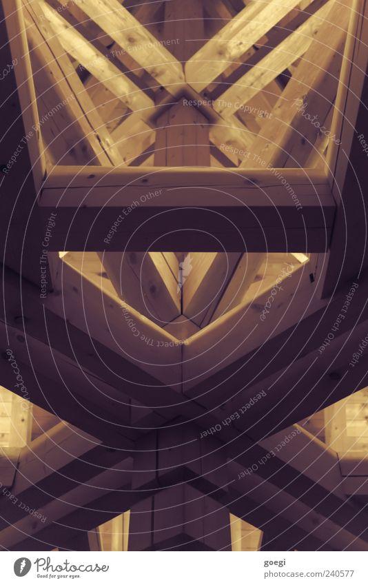 XI Architektur Dach Dachgebälk Balken Holz Kreuz stark ästhetisch Stress komplex abstützen Strebe Stabilität mehrfarbig Menschenleer Kunstlicht Licht Schatten