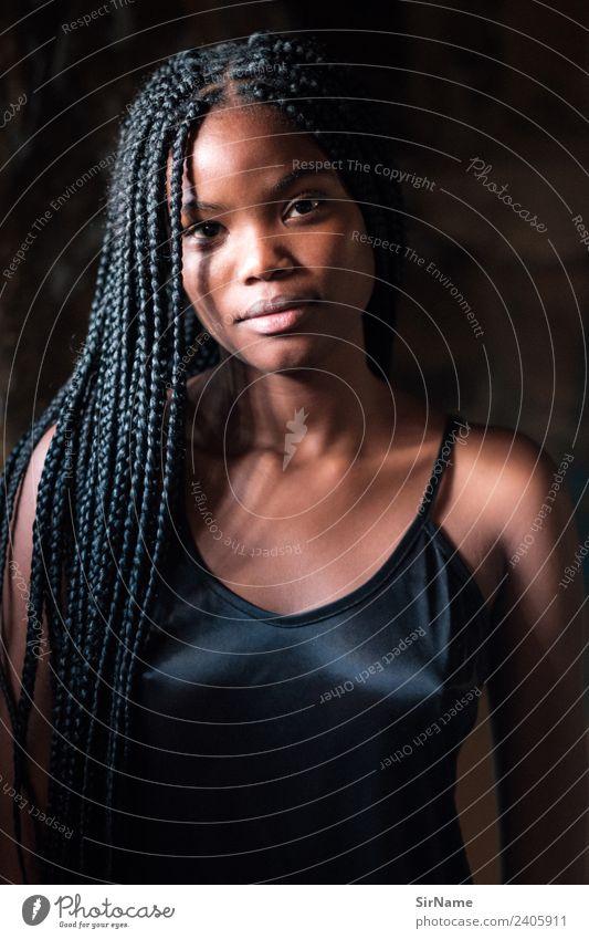 427 [beauty] Lifestyle schön Junge Frau Jugendliche Unterwäsche Bikini Haare & Frisuren langhaarig Rastalocken Afro-Look außergewöhnlich elegant Erotik exotisch