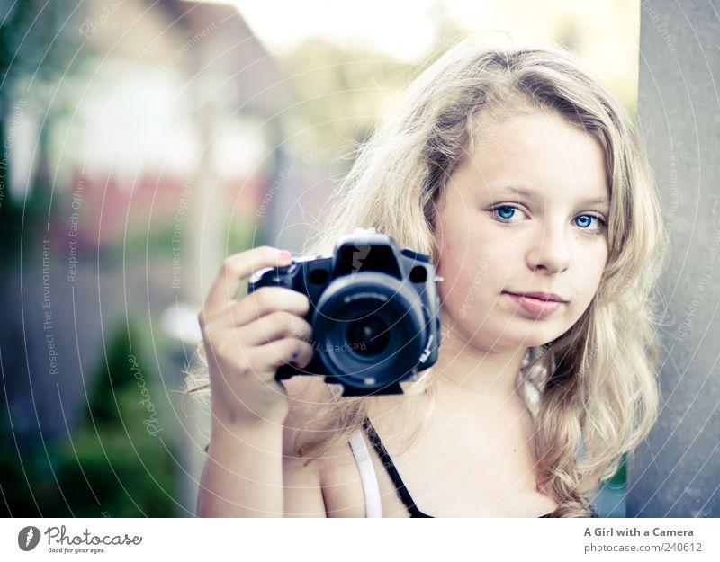 hey you! Freizeit & Hobby Fotografie Fotokamera Mensch feminin Jugendliche Kopf 1 Blick blond Coolness Freundlichkeit Fröhlichkeit Glück schön natürlich