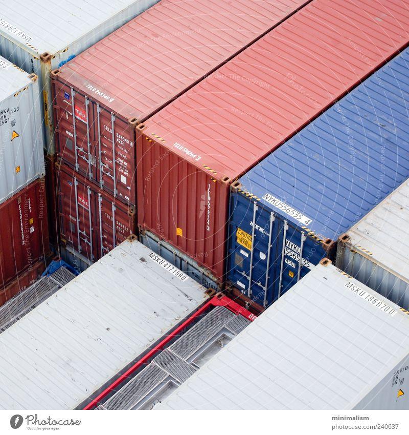 red | blue Industrie Dienstleistungsgewerbe Güterverkehr & Logistik Container Kapitalwirtschaft Farbfoto Außenaufnahme Strukturen & Formen Menschenleer Tag