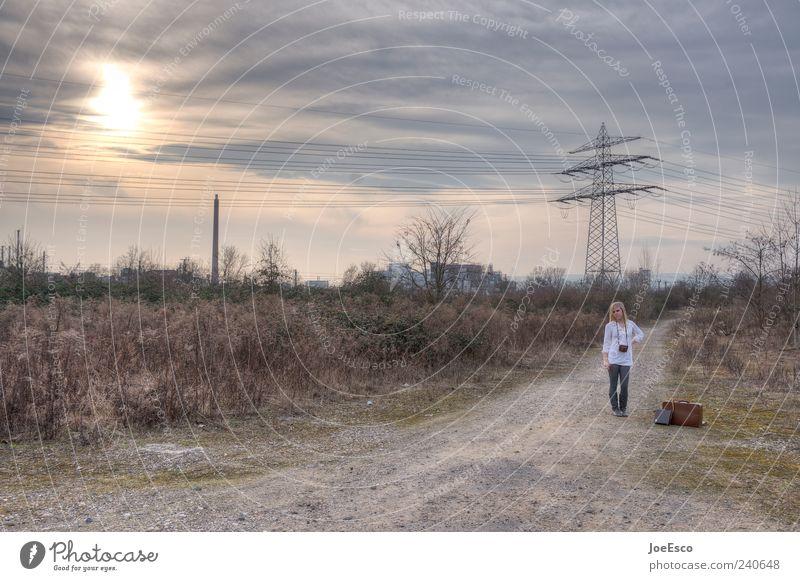 #240648 Mensch Frau Himmel Natur Ferien & Urlaub & Reisen schön Wolken Erwachsene Ferne Landschaft Straße Wege & Pfade Freiheit Feld natürlich warten