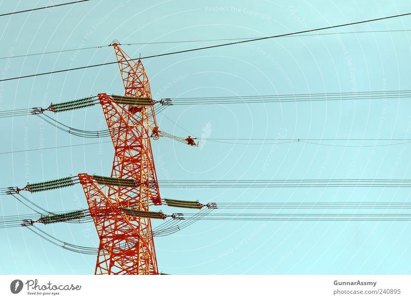 Hoch² blau rot Linie Energiewirtschaft Seil Technik & Technologie Industrie Kabel Zeichen Dienstleistungsgewerbe Stahl Handwerk Handwerker Arbeitsplatz