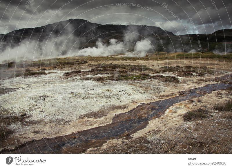 Hell's kitchen Natur Umwelt Landschaft dunkel Berge u. Gebirge Klima außergewöhnlich Tourismus trist heiß Rauch Island Sehenswürdigkeit Hölle Quelle Wasserdampf