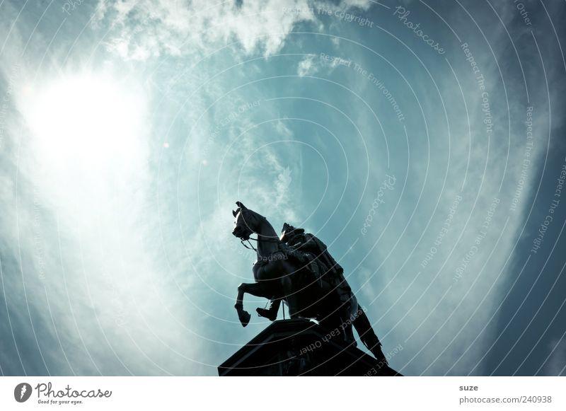 Der alte Fritz Himmel blau Sonne Wolken Berlin Stein Kunst Deutschland leuchten Europa ästhetisch Kultur Symbole & Metaphern Pferd historisch Denkmal
