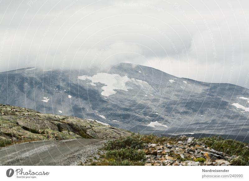 Wichtigkeiten sortieren Natur Wolken Landschaft Straße Berge u. Gebirge Wege & Pfade Wetter Felsen Reisefotografie Nebel Urelemente Gipfel Norwegen