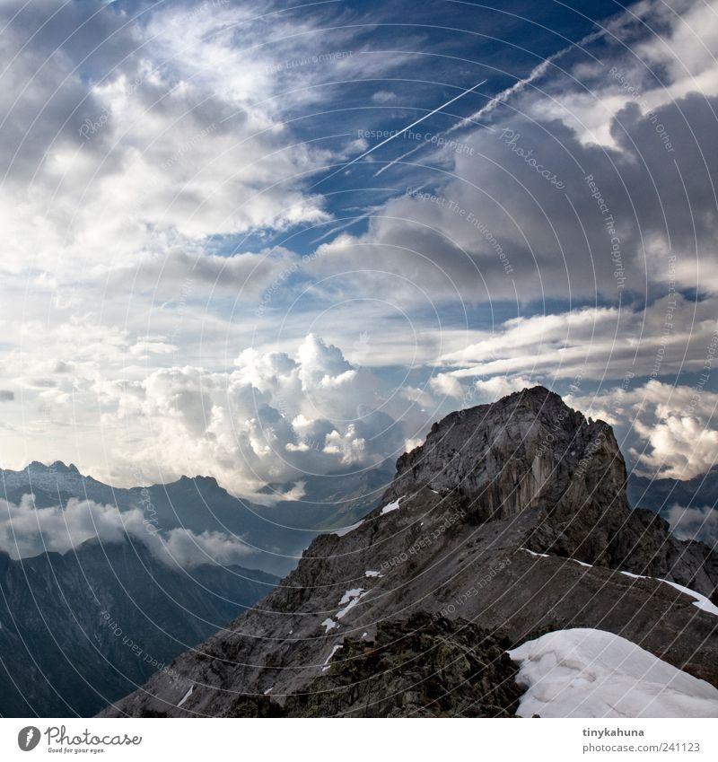 Holzgauer Wetterspitze Sommer Berge u. Gebirge Natur Landschaft Urelemente Himmel Gewitterwolken Felsen Lechtal Gipfel frei Unendlichkeit hoch oben Spitze blau