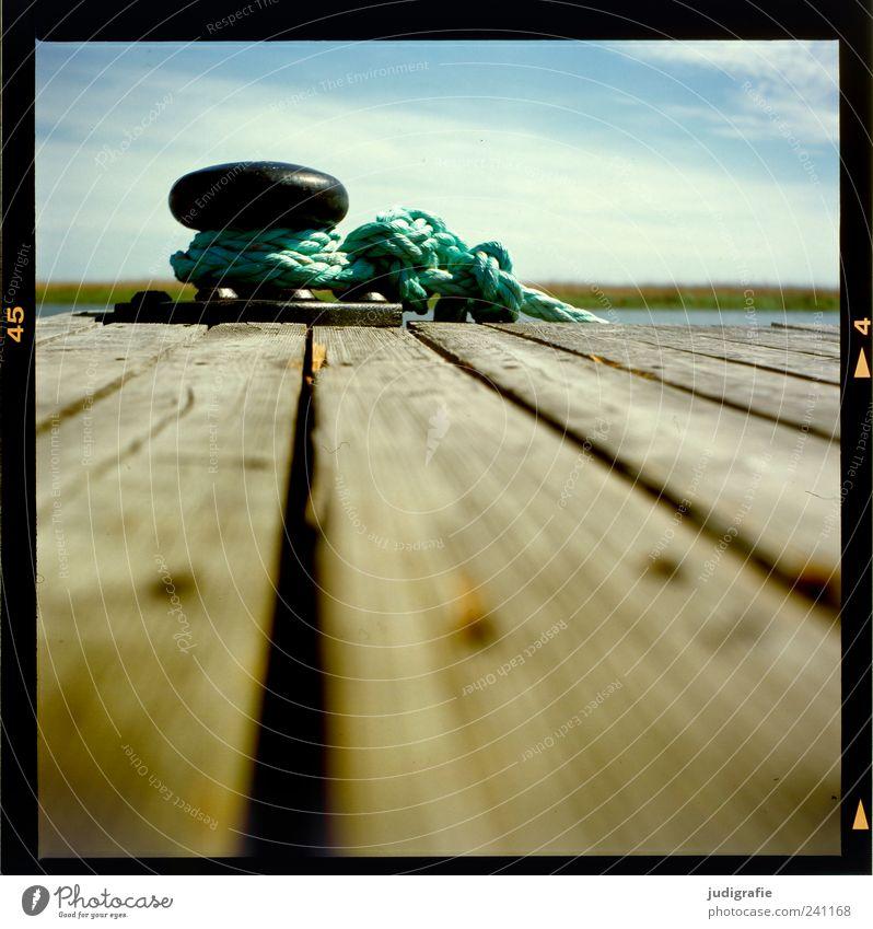 Hafen Himmel Natur ruhig Landschaft Holz See Stimmung Seil Hafen Steg Anlegestelle Balken Dalben Vorpommersche Boddenlandschaft