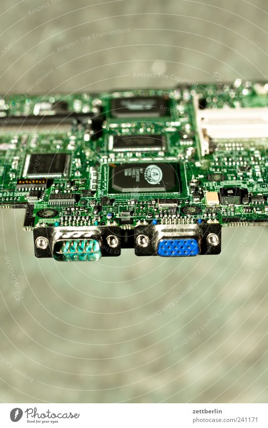 Anschluß Computer Hardware High-Tech Informationstechnologie Internet kaputt Teile u. Stücke Prozessor Elektronik Festplatte lötstelle Motherboard Stromkreis